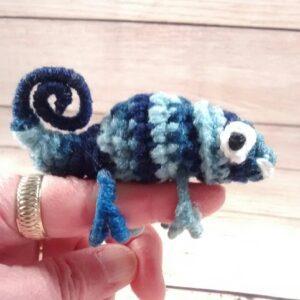 Blue Chameleon Finger Pet