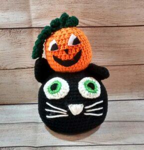Black-Cat Pumpkin Decoration